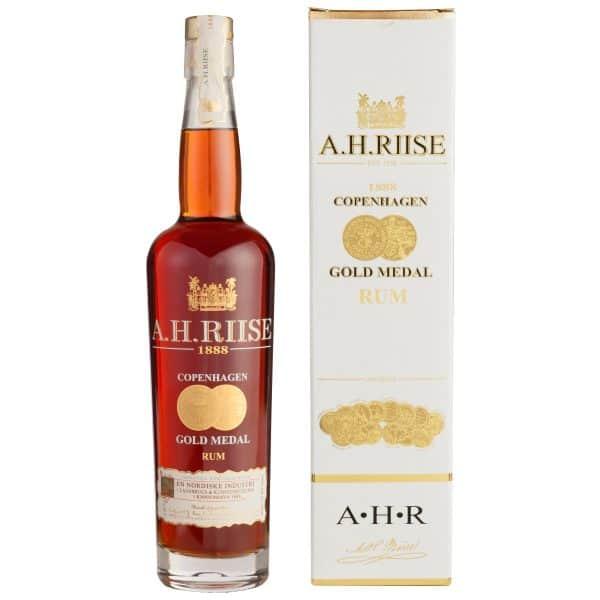 A.H. Riise 1888 Copenhagen Gold Medal Rum + GB 40% 0,7l